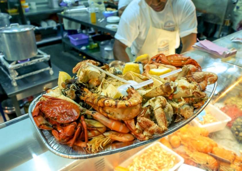 Фестиваль морепродуктов  в Оляо, Алгарве