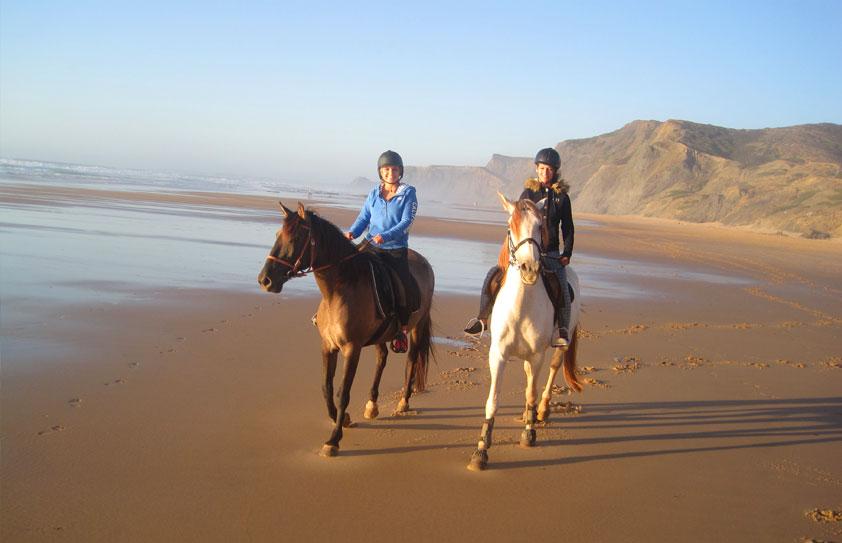 Baladesà cheval e Algarve