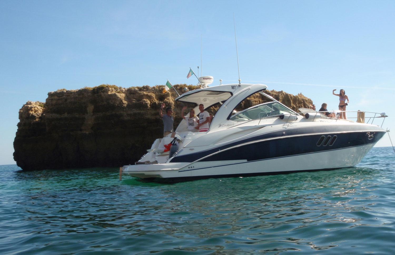 Cruiser 360 Express Luxury Yacht Charter in Algarve