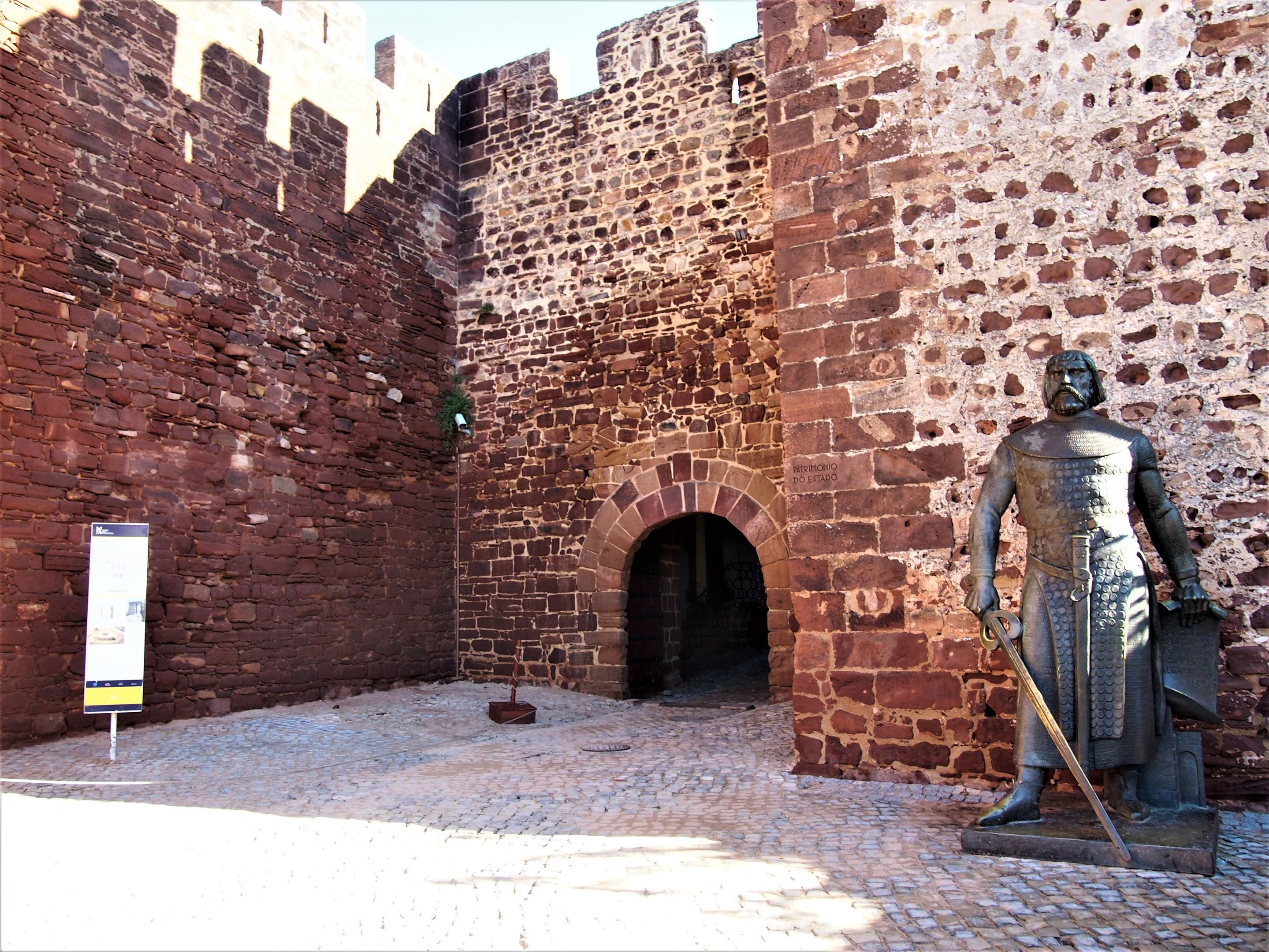 Entrance to Silves Castle, thought to date from the 8th Century/ King Sancho 1 standing proud after conquering the City from the Moors during the 12th Century