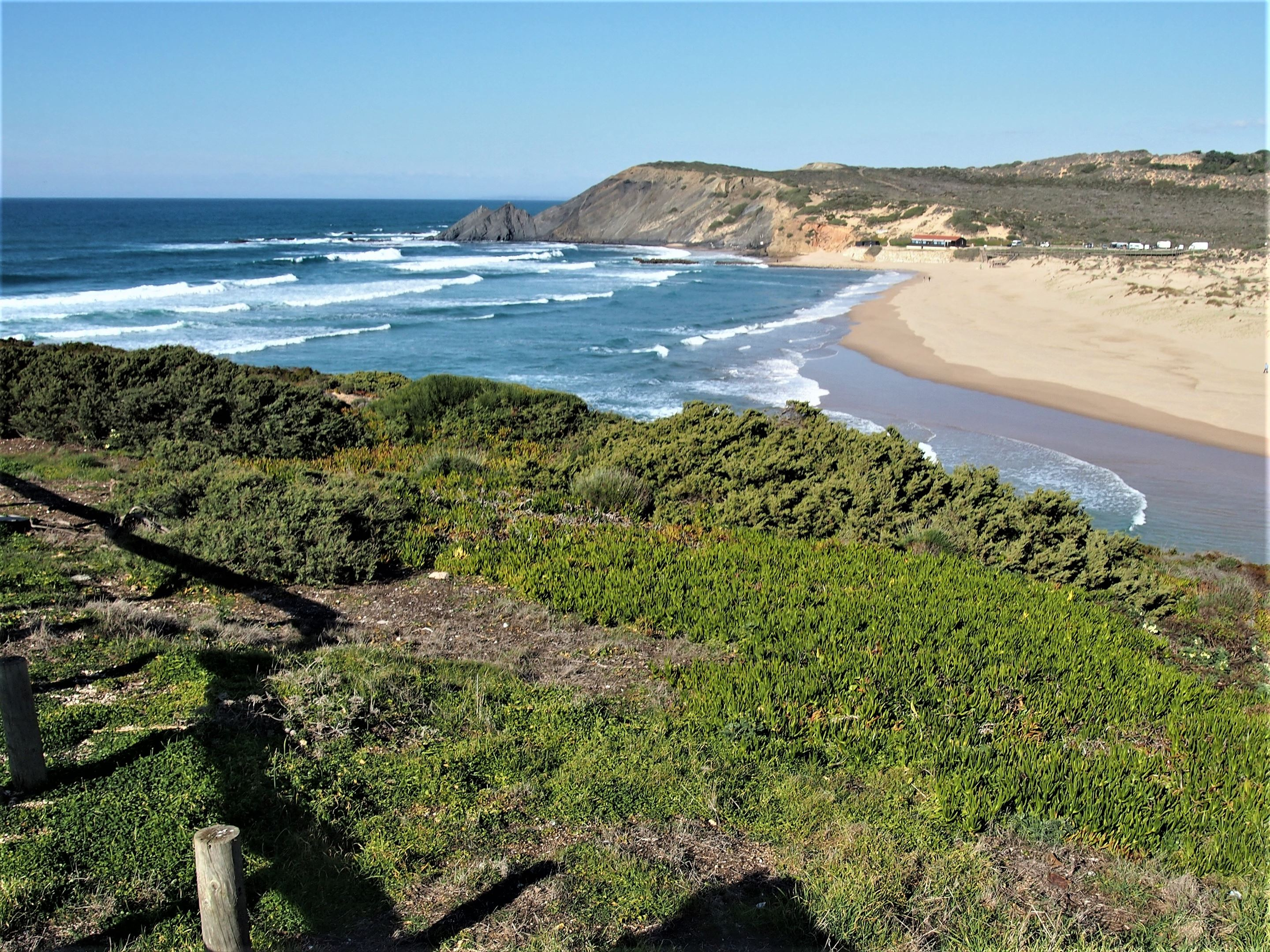 Praia da Amoreira, with the Ribeira de Aljezur (Aljezur River) in the foreground.