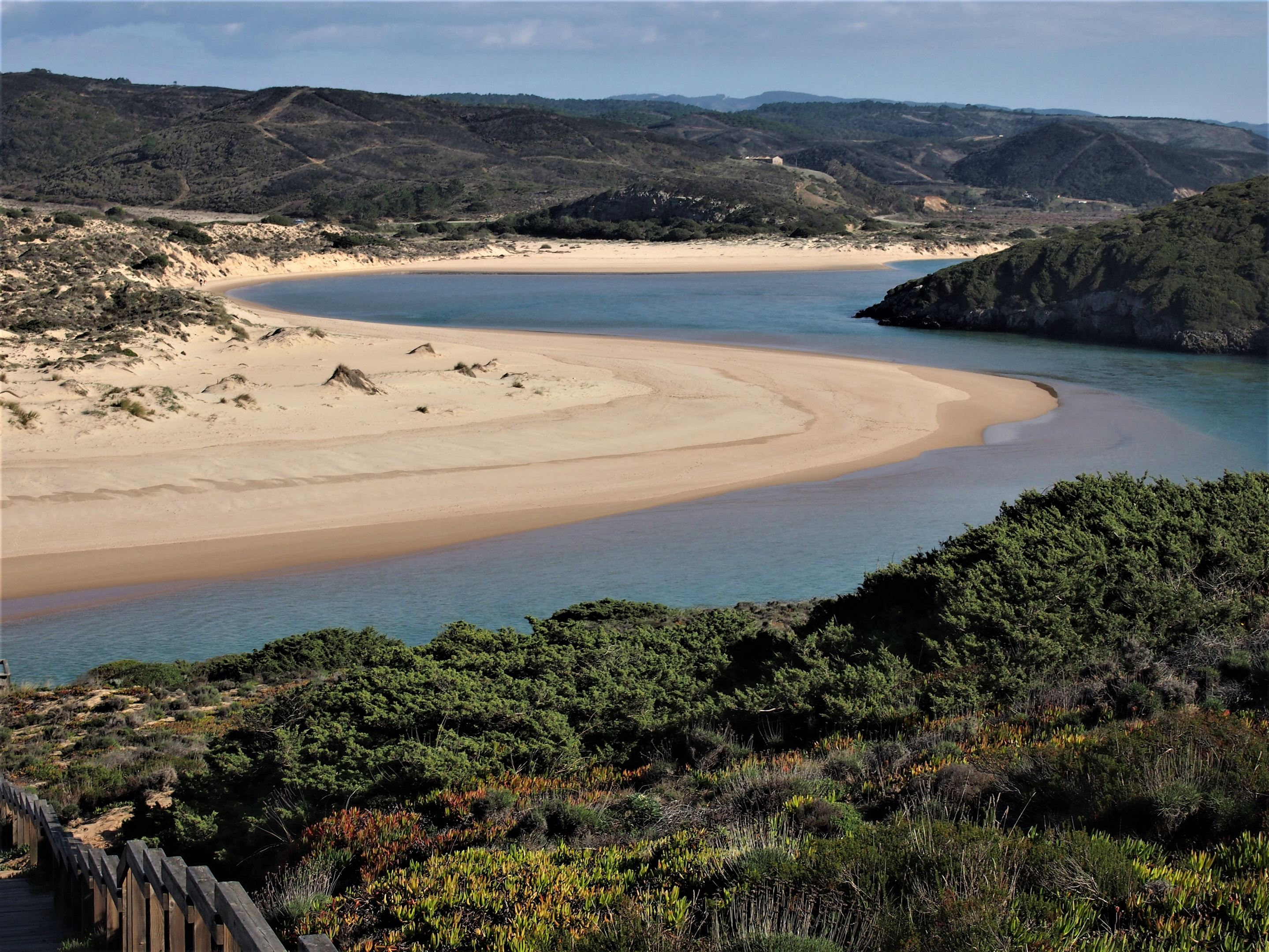 The Ribeira de Aljezur (Aljezur River) which flows alongside the Praia da Amoreira