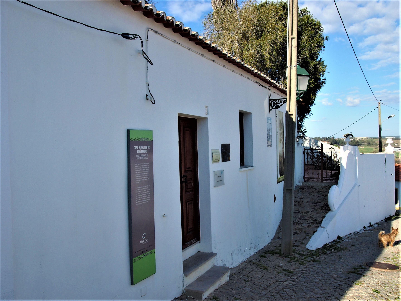 Дом-музей художника Жосе Серкаса, Алжезур