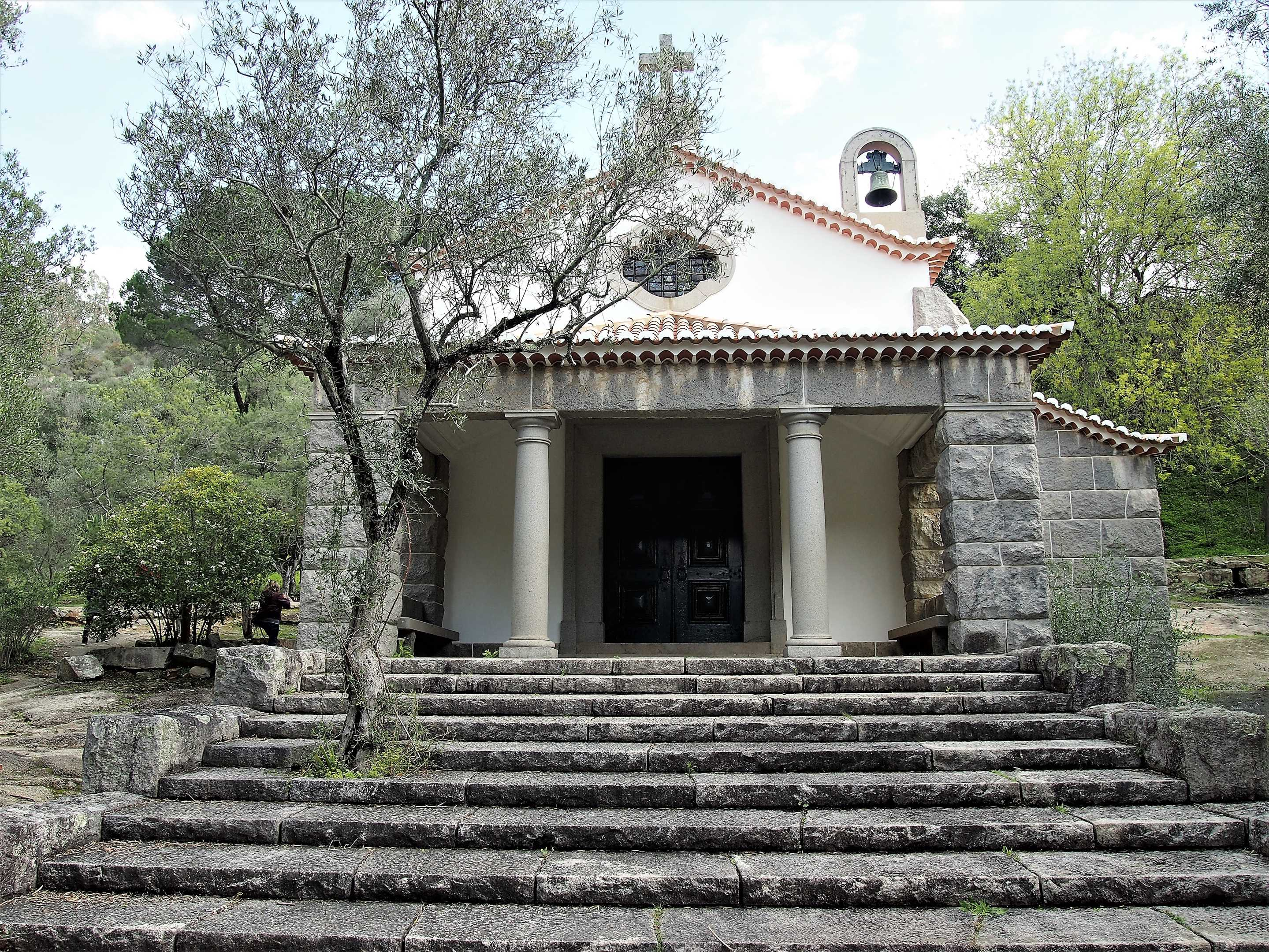 The small chapel at Caldas de Monchique - want to get married here?