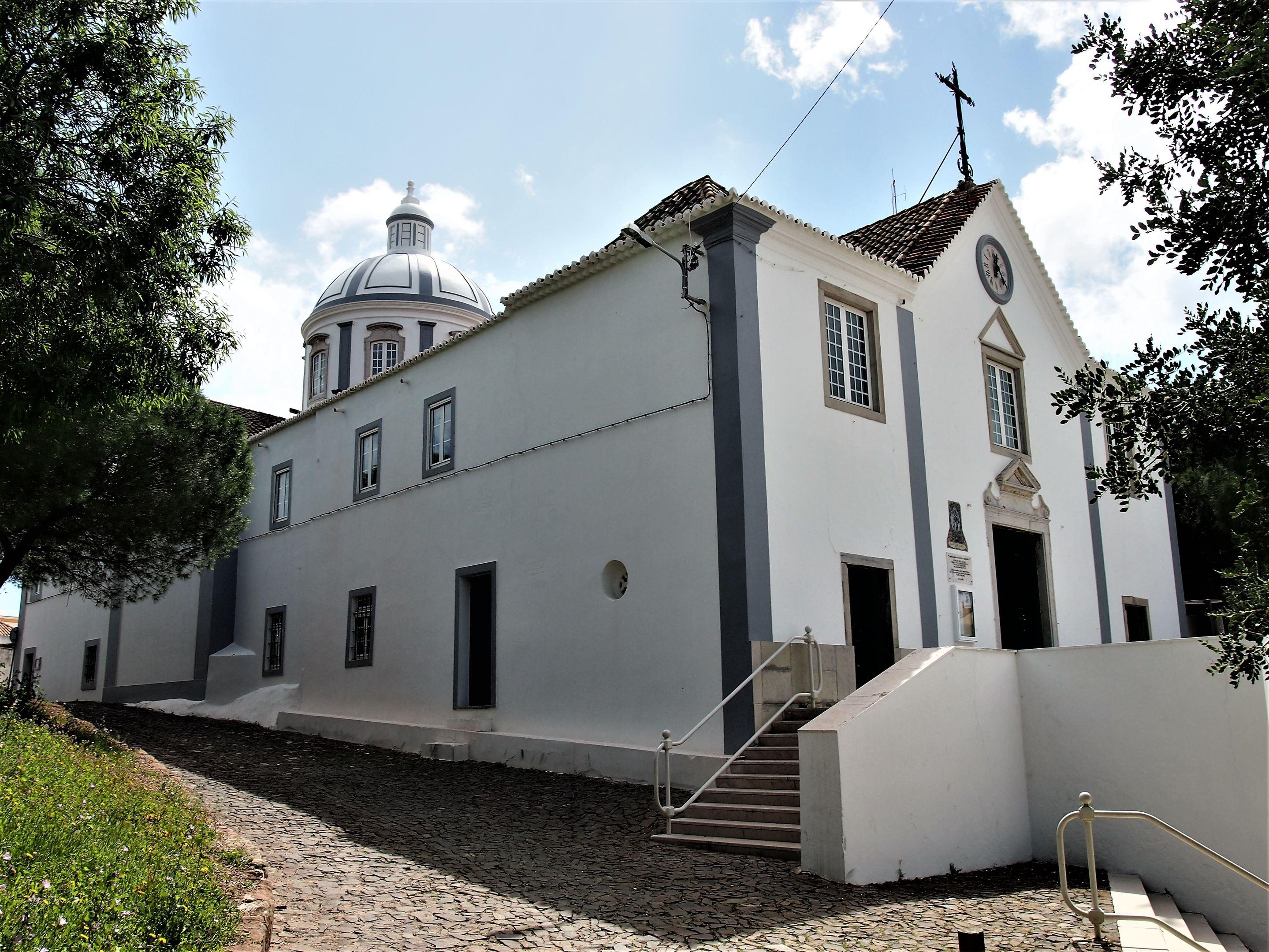 Entrada da Igreja de Nossa Senhora dos Mártires, Castro Marim
