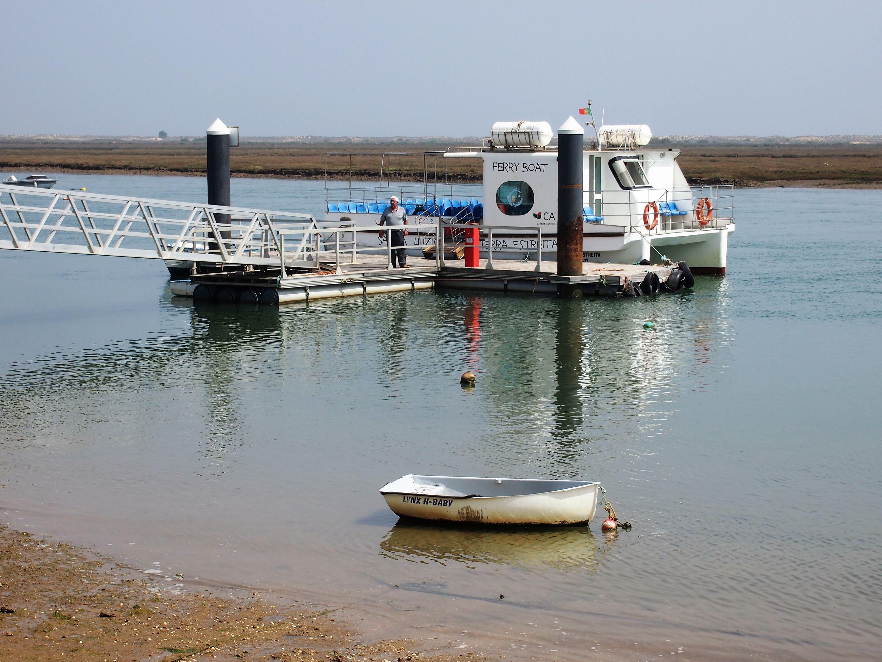 The small jetty at Santa Luzia. Ferry to Ilha de Tavira to visit Praia da Terra Estreita