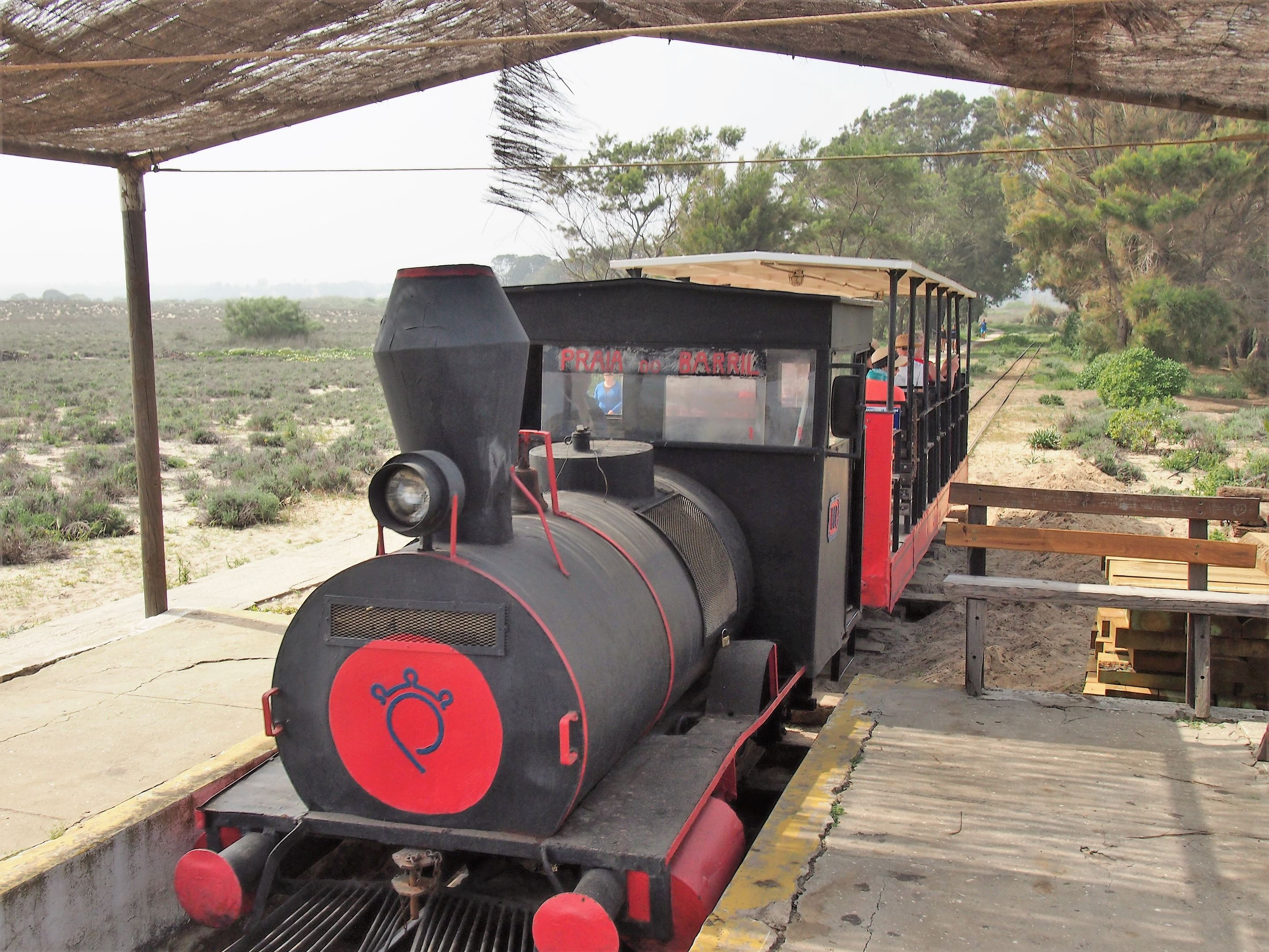 The little train that takes you from Pedras D'el Rei to Praia do Barril