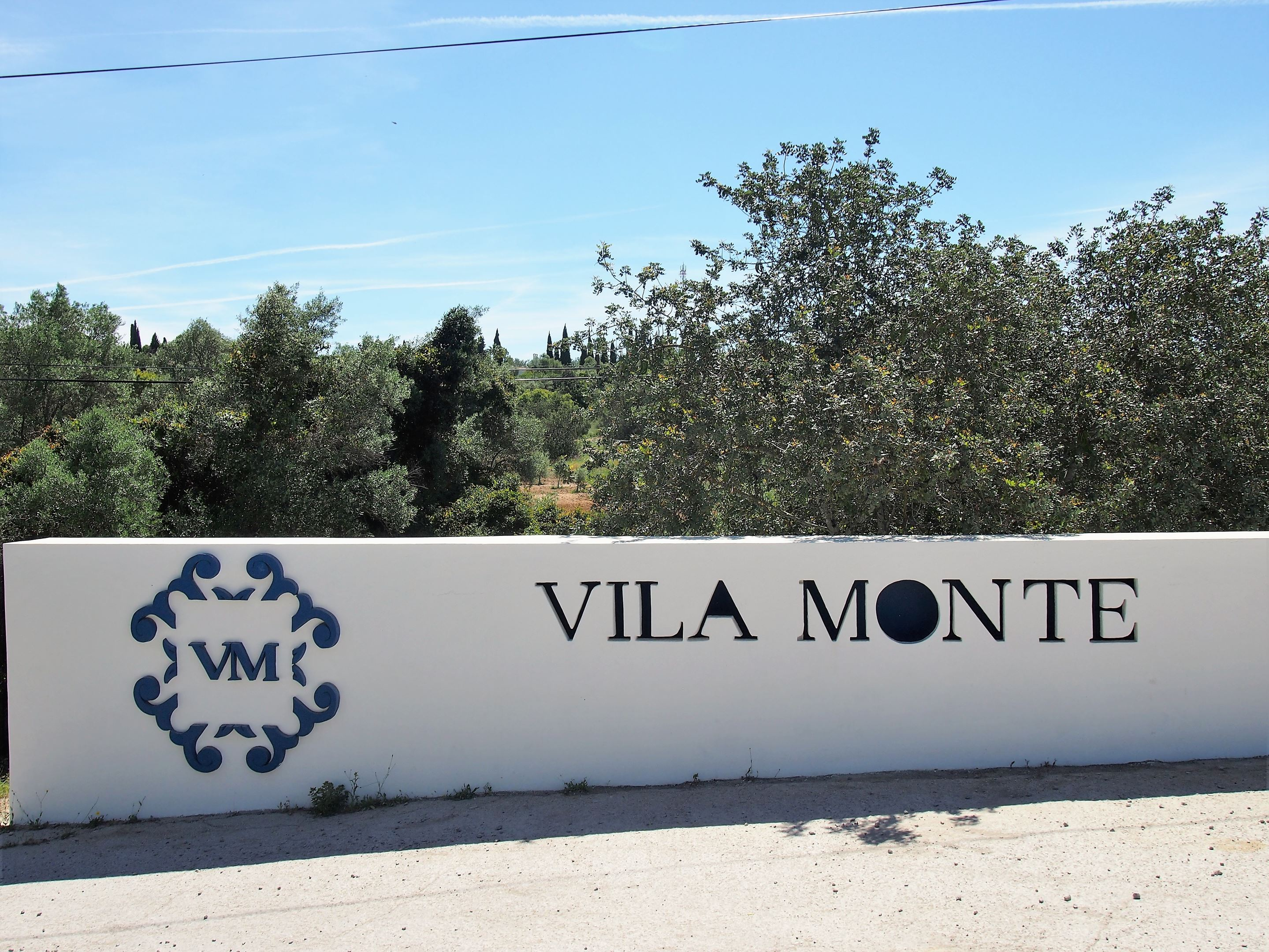 Entrance to Vila Monte, near Olhão