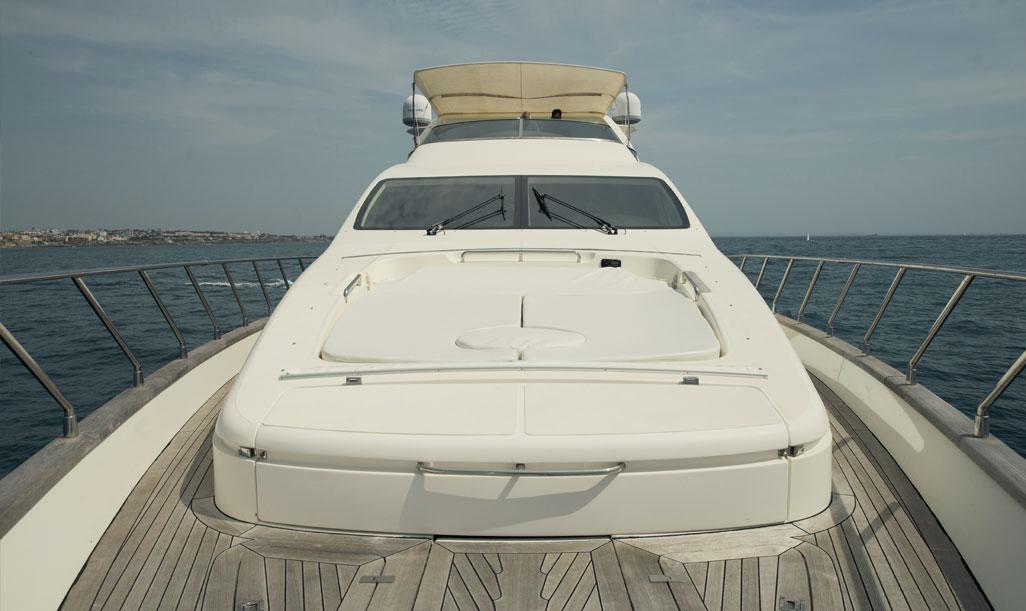 Yacht Azimut 80 depuis la Vilamoura de Marina