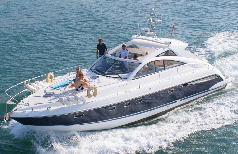 Fairline Targa 47 Luxury Yacht Charter in Algarve