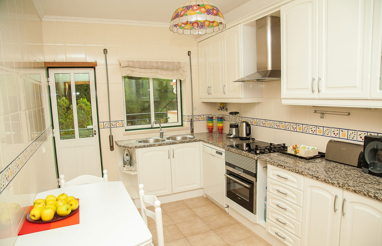 Villa Falesia Kitchen