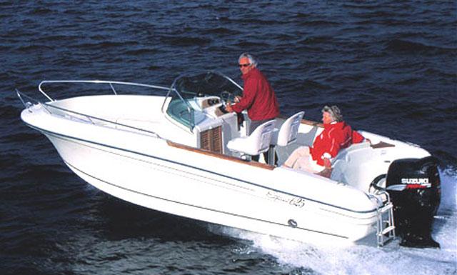 Jeanneau CC 625 Motor Boat Charter in Algarve