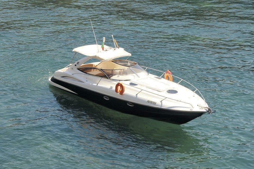 Sunseeker Superhawk 34 Yacht Charter from Vilamoura