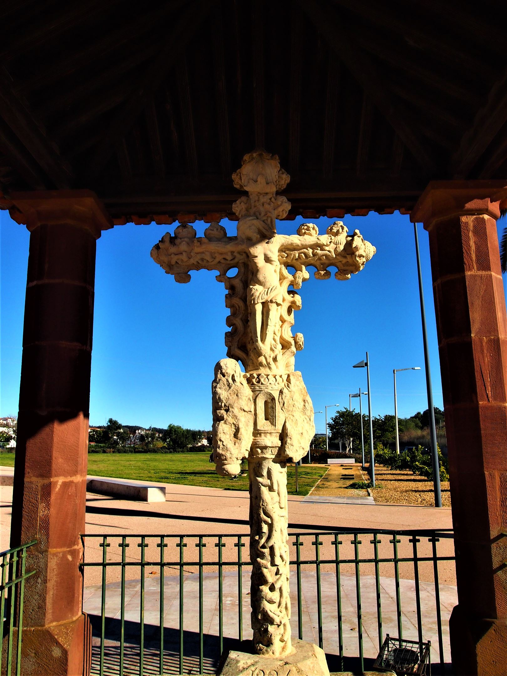 Cruz de Portugal (cross of Portugal), Silves - believed to date from the 15th Century