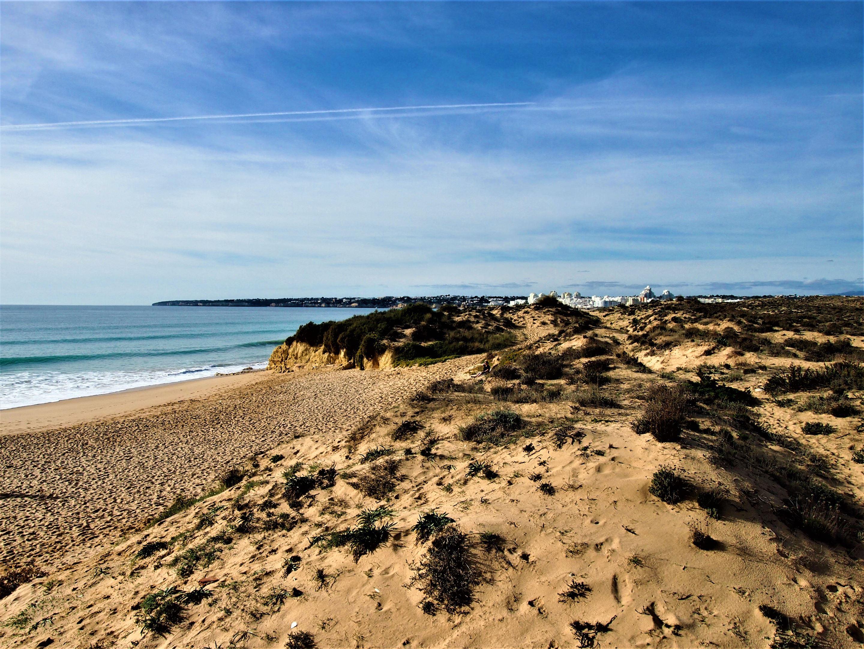 Praia Grande, mirando hacia el oeste dirección Armação de Pêra