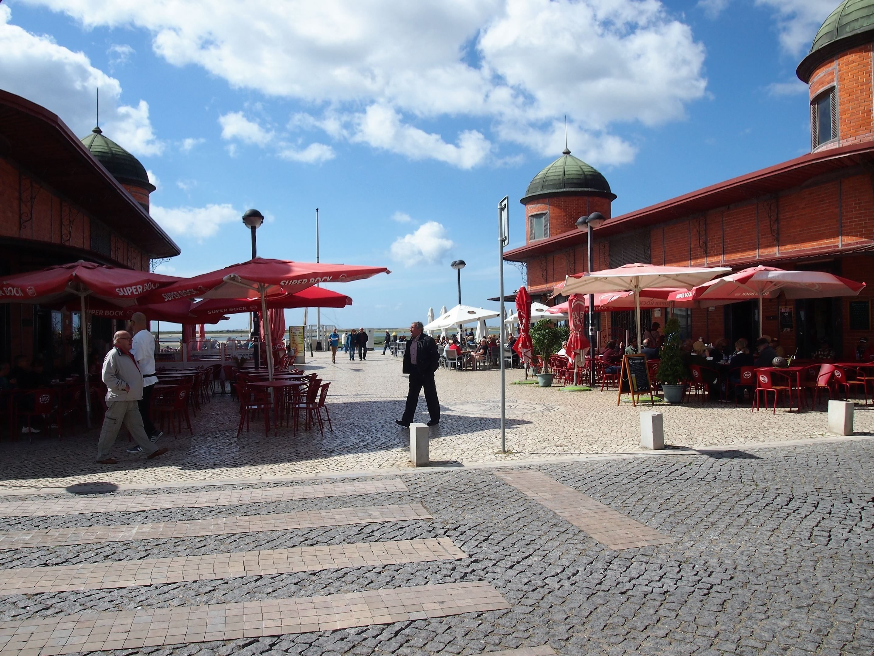 There are plenty of cafés to eat and drink at Olhão market, and admire the views of the Ria Formosa.
