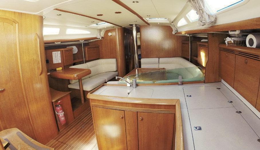 Jeanneau 43 Sailing Yacht Interior