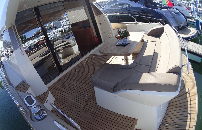 Croisière en luxe en Algarve sur un Jeanneau Prestige 500 S