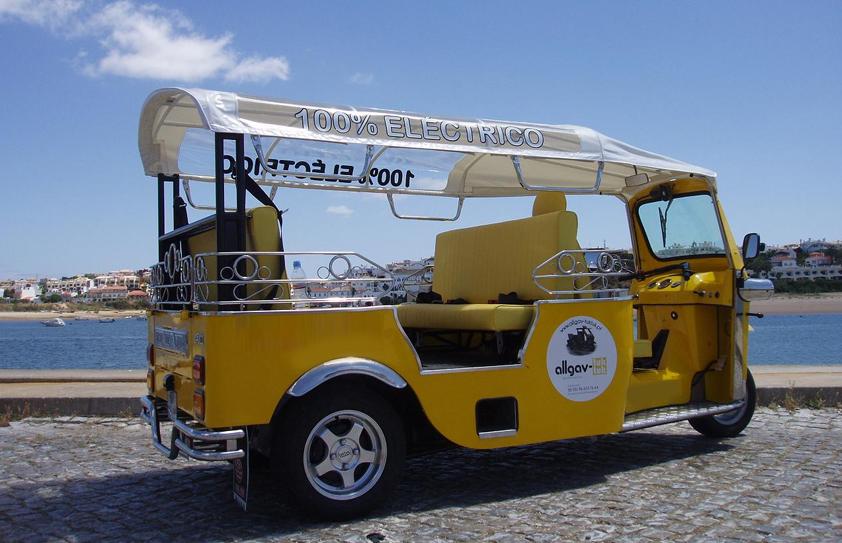 Passeio de Tuk Tuk no Algarve